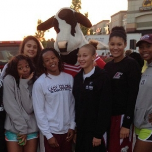 Lady Colonels helped out a good cause at the Richmond Centre