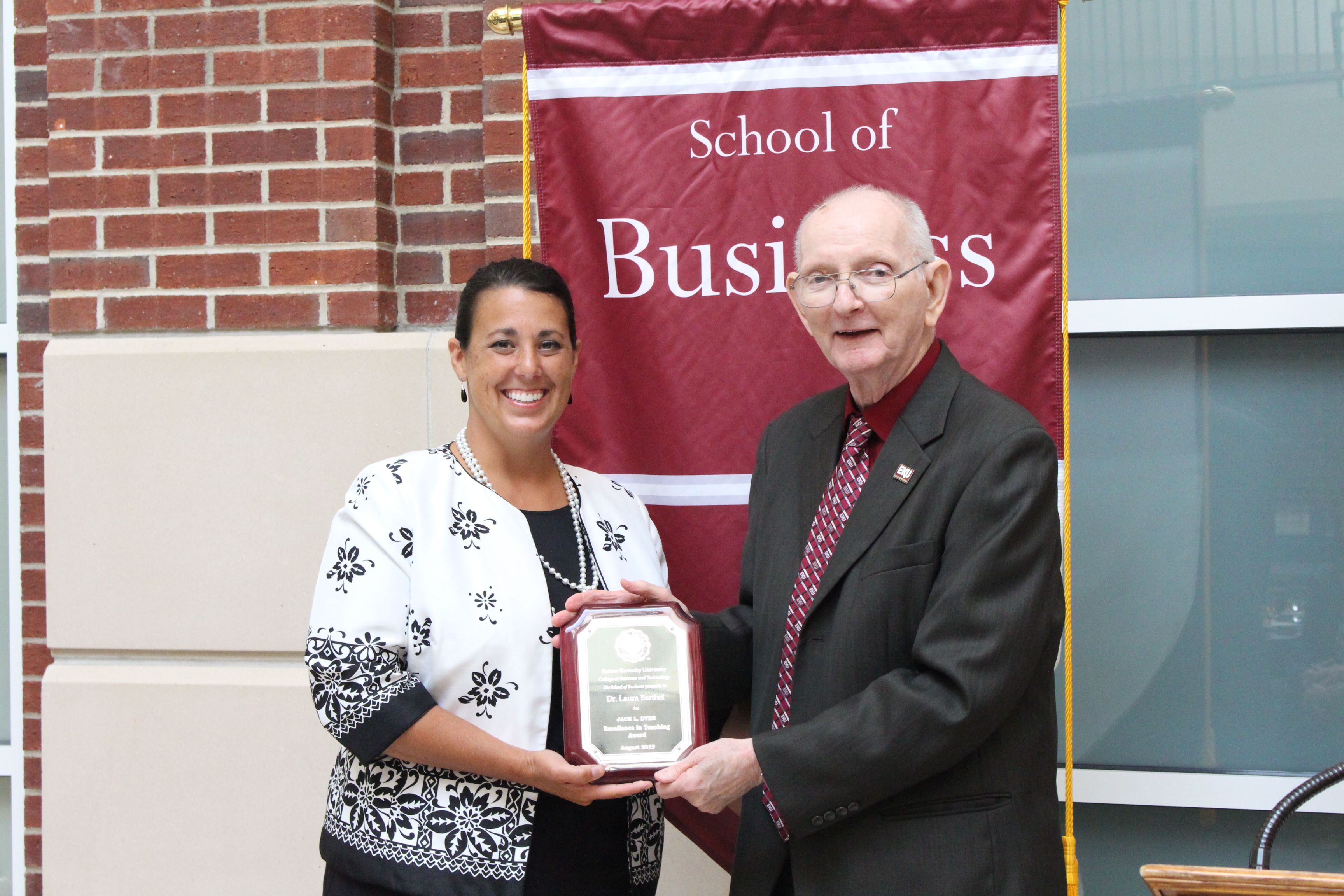 Dr  Laura Barthel Receives 2019 Dyer Excellence In Teaching