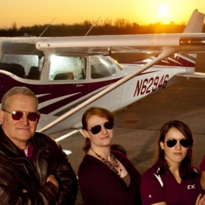 EKU Aviation faculty and students with aircraft